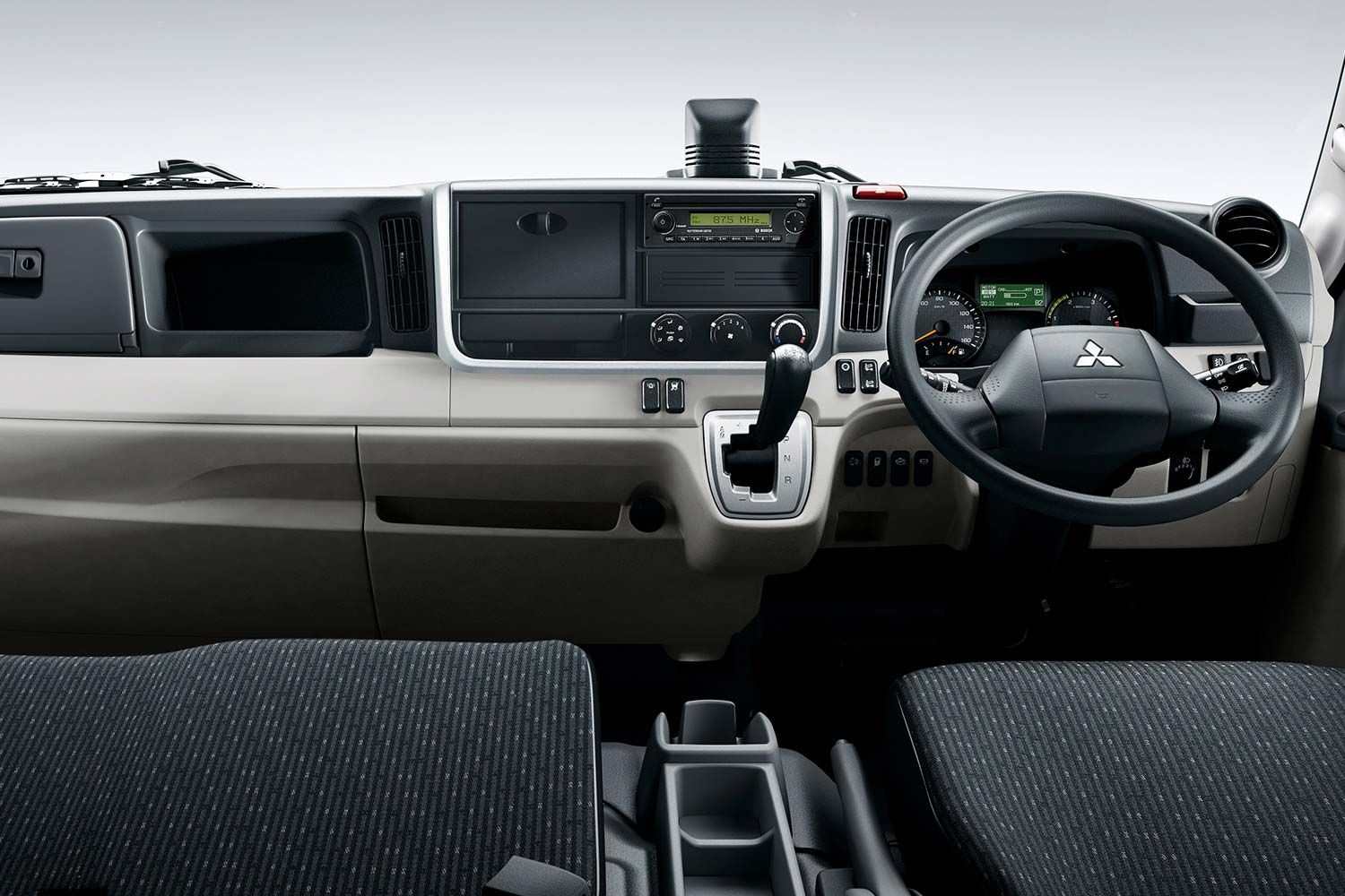 Fuso Canter 7,t interieur