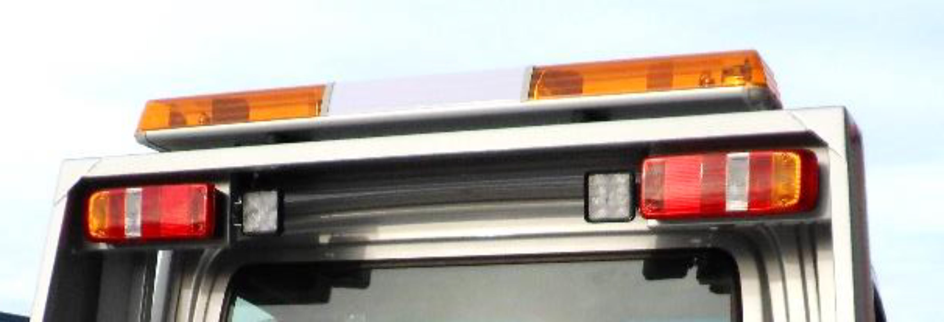 Canter oprijwagen zwaailichtbalk