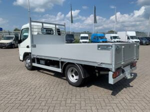 FUSO Canter 280 achter links